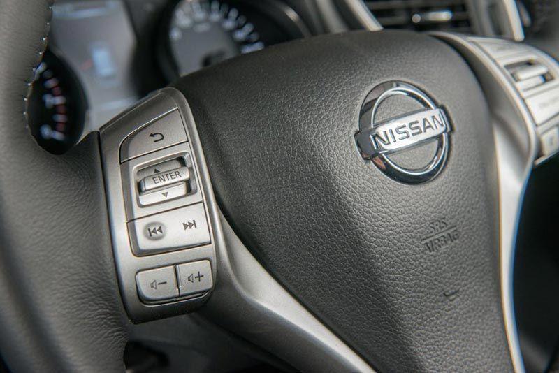 Nissan x-trail thumb