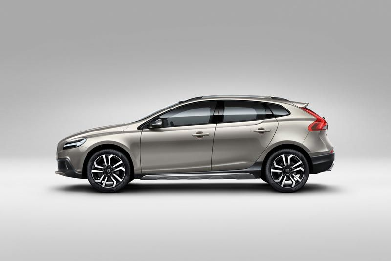 volvo v40-cross-country