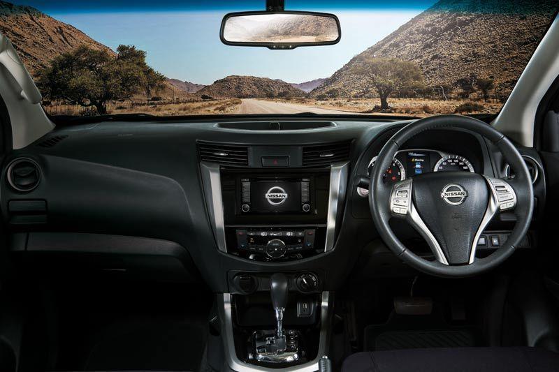 Nissan new-navara thumb