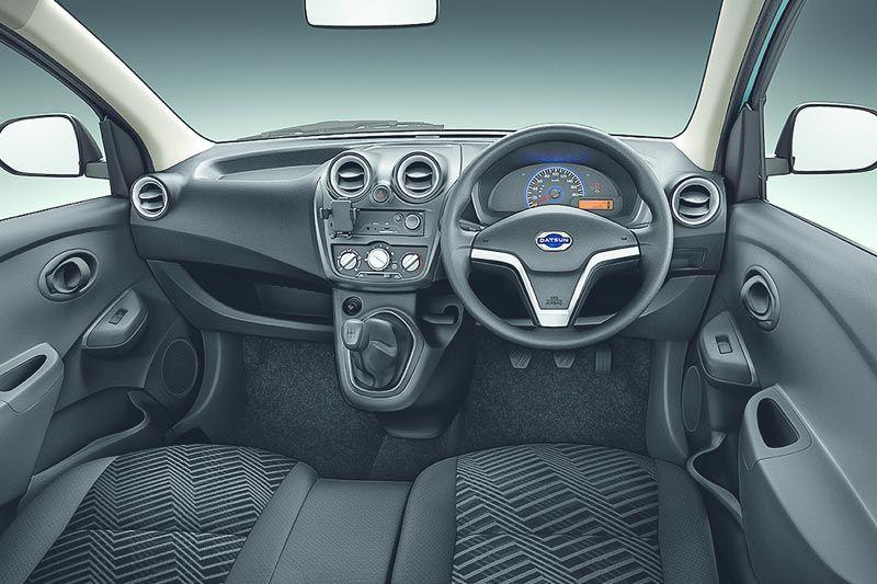 Datsun go-panel-van thumb