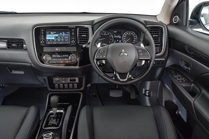 Mitsubishi outlander thumb