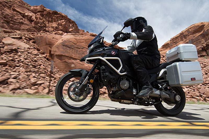 Honda vfr-1200x-cross-tourer