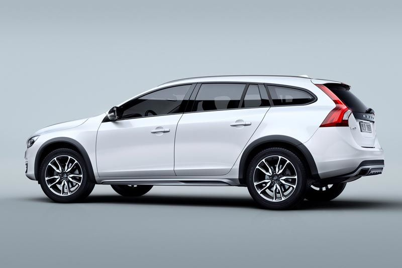 volvo v60-cross-country thumb