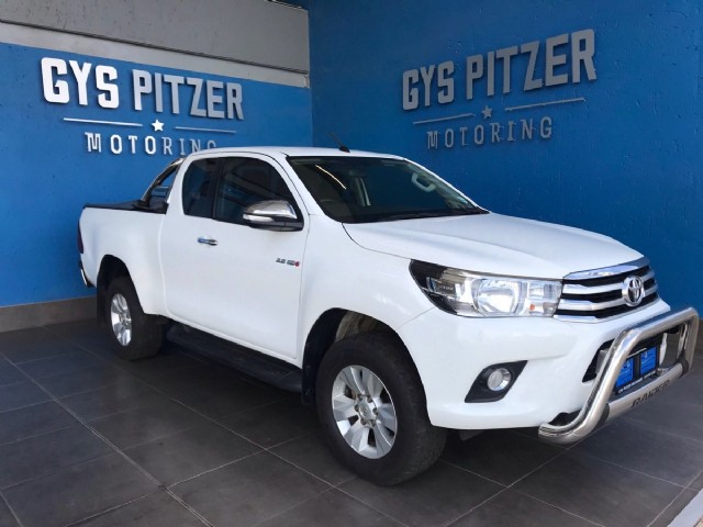 2017 toyota hilux 2.8 gd-6 raised body raider extra cab for sale in gauteng