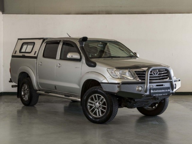 2014 toyota hilux 4.0 v6 raider auto double cab for sale in gauteng