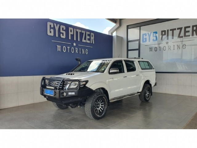 2014 toyota hilux 3.0 d-4d raider 4x4 auto double cab for sale in gauteng
